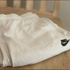 Off White Nike Shorts (Small)